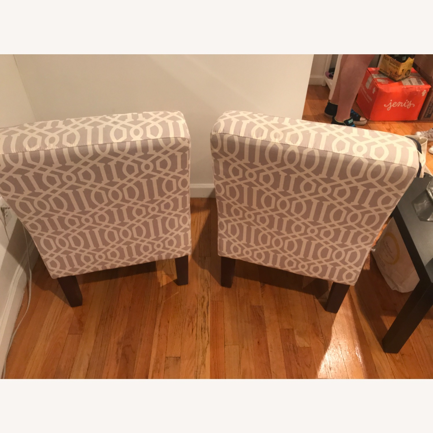 Lovely Conversational Accent Chairs - image-2