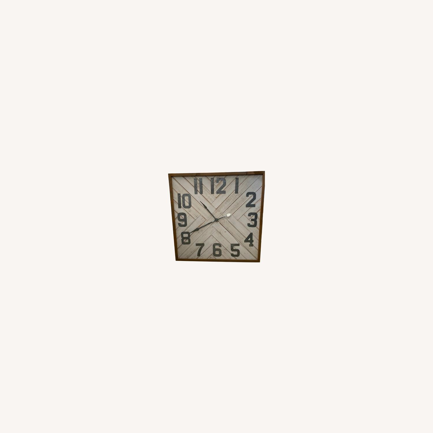 Working Clock Wall Art - image-0