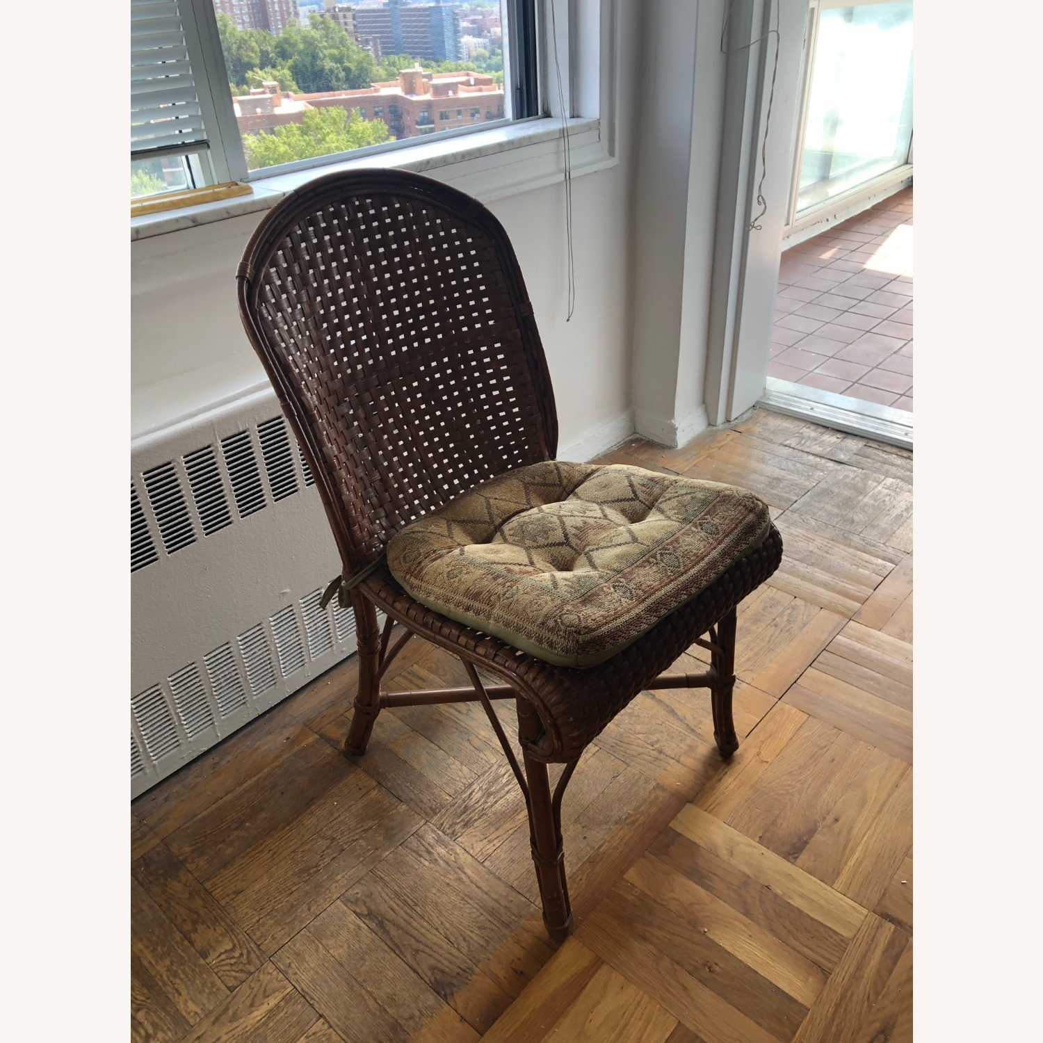 Wicker Dining Room Chairs (Set of 4) with coushins - image-1