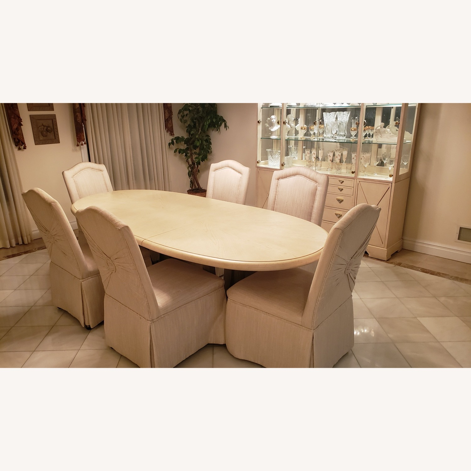 Drexel Heritage Table Set (6 chairs) - image-1