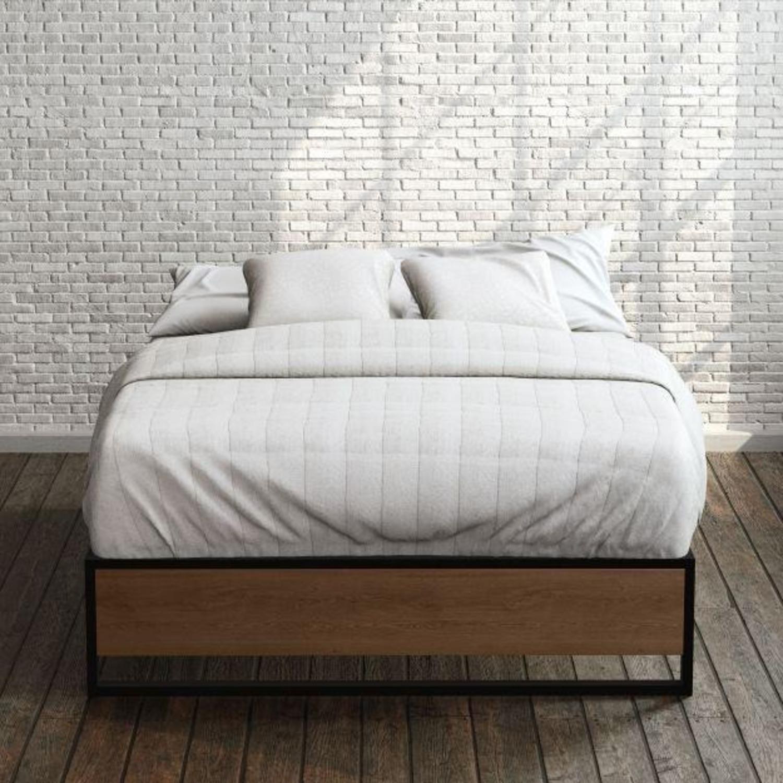 Zinus Suzanne Metal and Wood Platforma Bed Frame - image-2