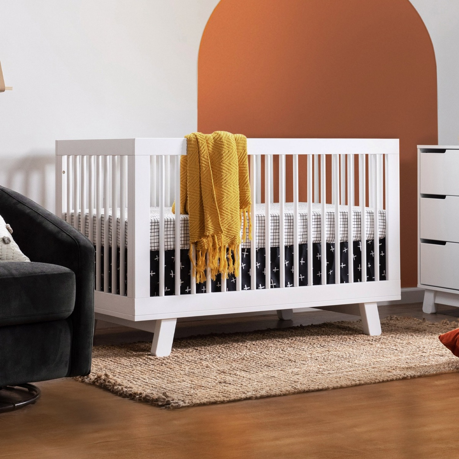 Babyletto Hudson 3-in-1 Convertible Crib in White - image-3