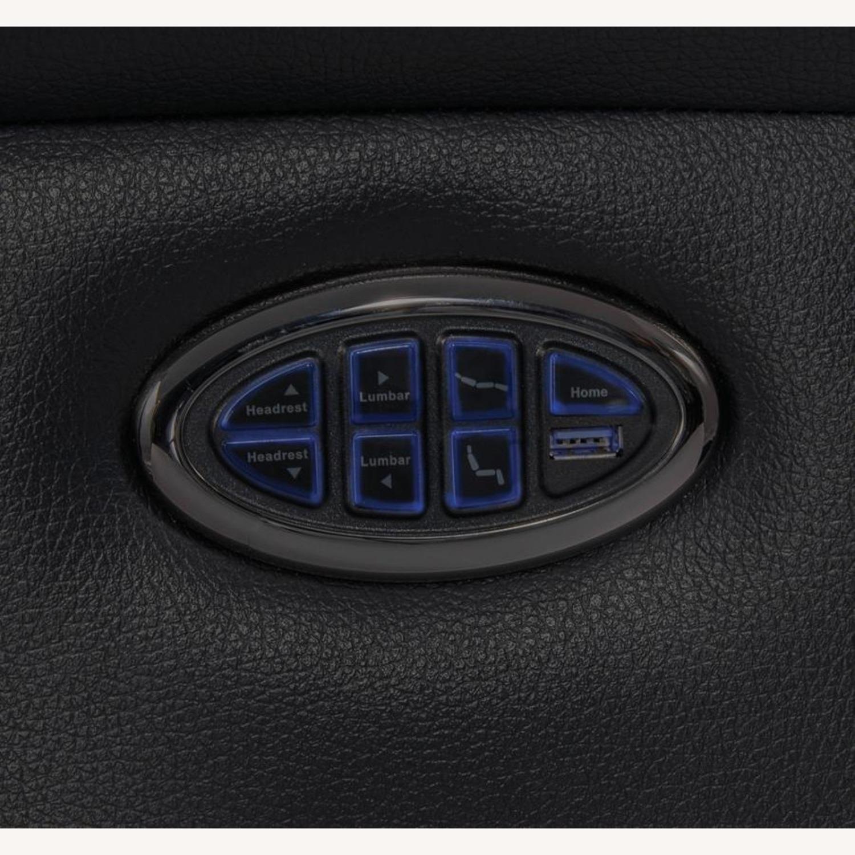 Power Recliner In Black Top Grain Leather - image-7