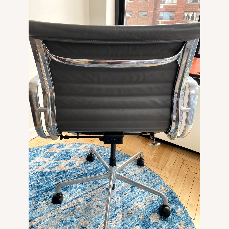 Herman Miller Eames Chair - image-2