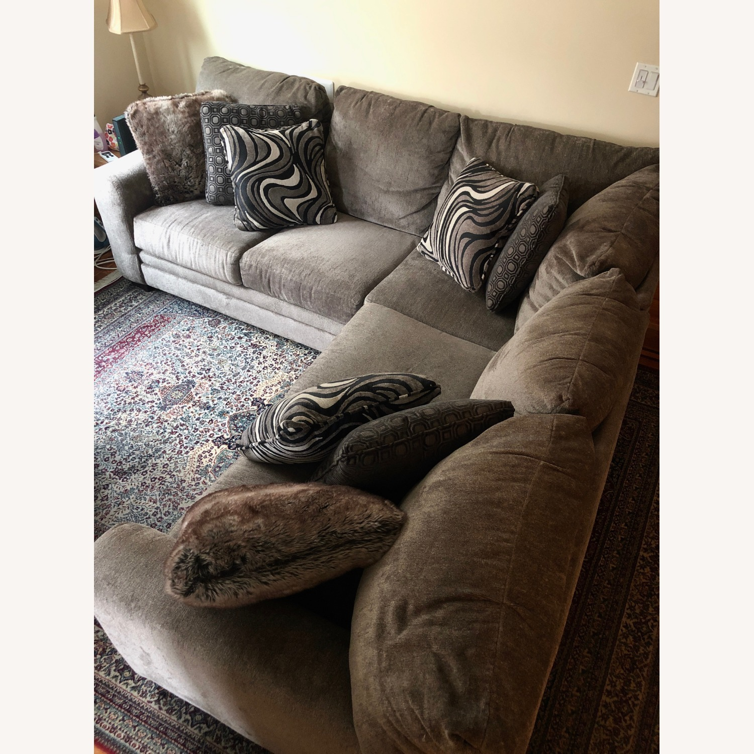 Bob's Luxe Gray 3 Piece Sectional - image-0