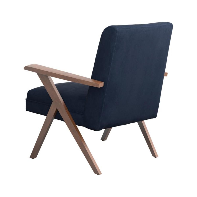 Picture of: Accent Chair In Dark Blue Velvet Fabric Aptdeco