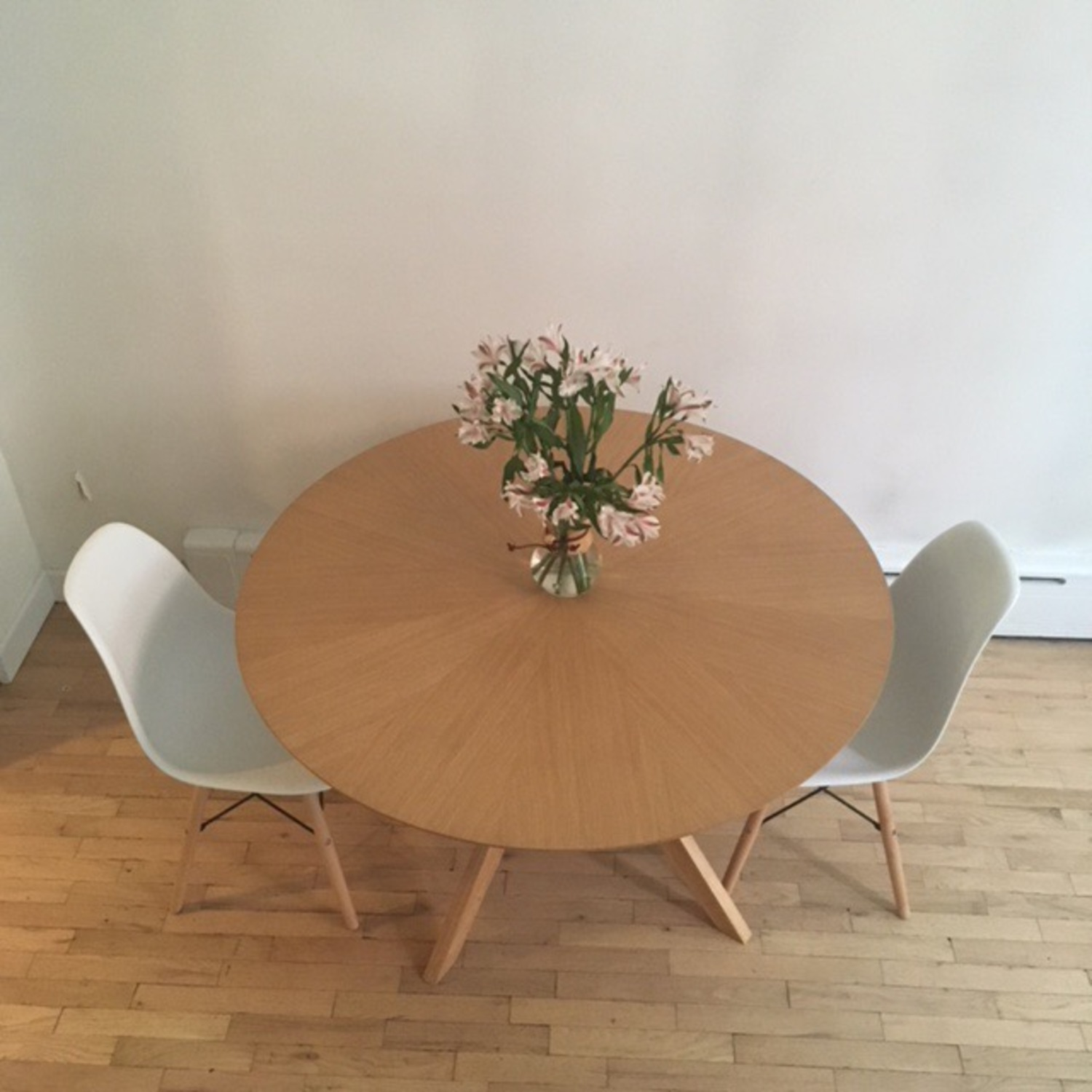 Scandinavian Stlye Dining Table and Chairs - image-9