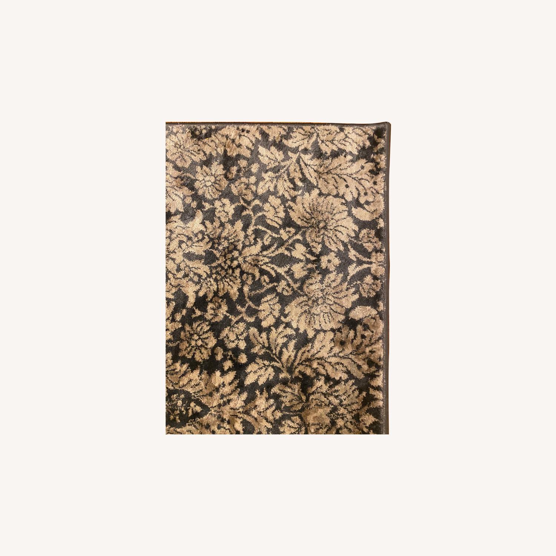 Safavieh Low Pile Patterned Rug - image-0