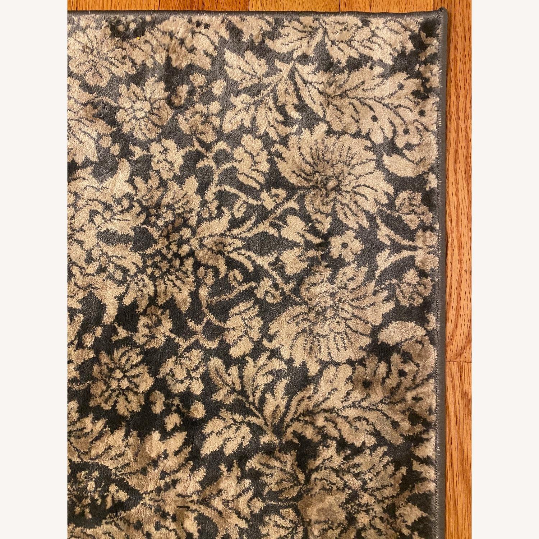 Safavieh Low Pile Patterned Rug - image-1