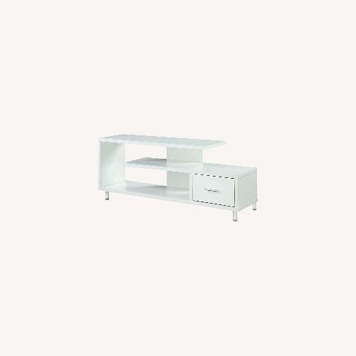 """Used Convenience Concepts Modern 60"""" TV Stand White for sale on AptDeco"""
