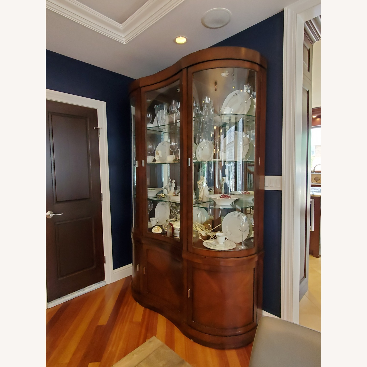 Unique Transitional - China Cabinet - image-4