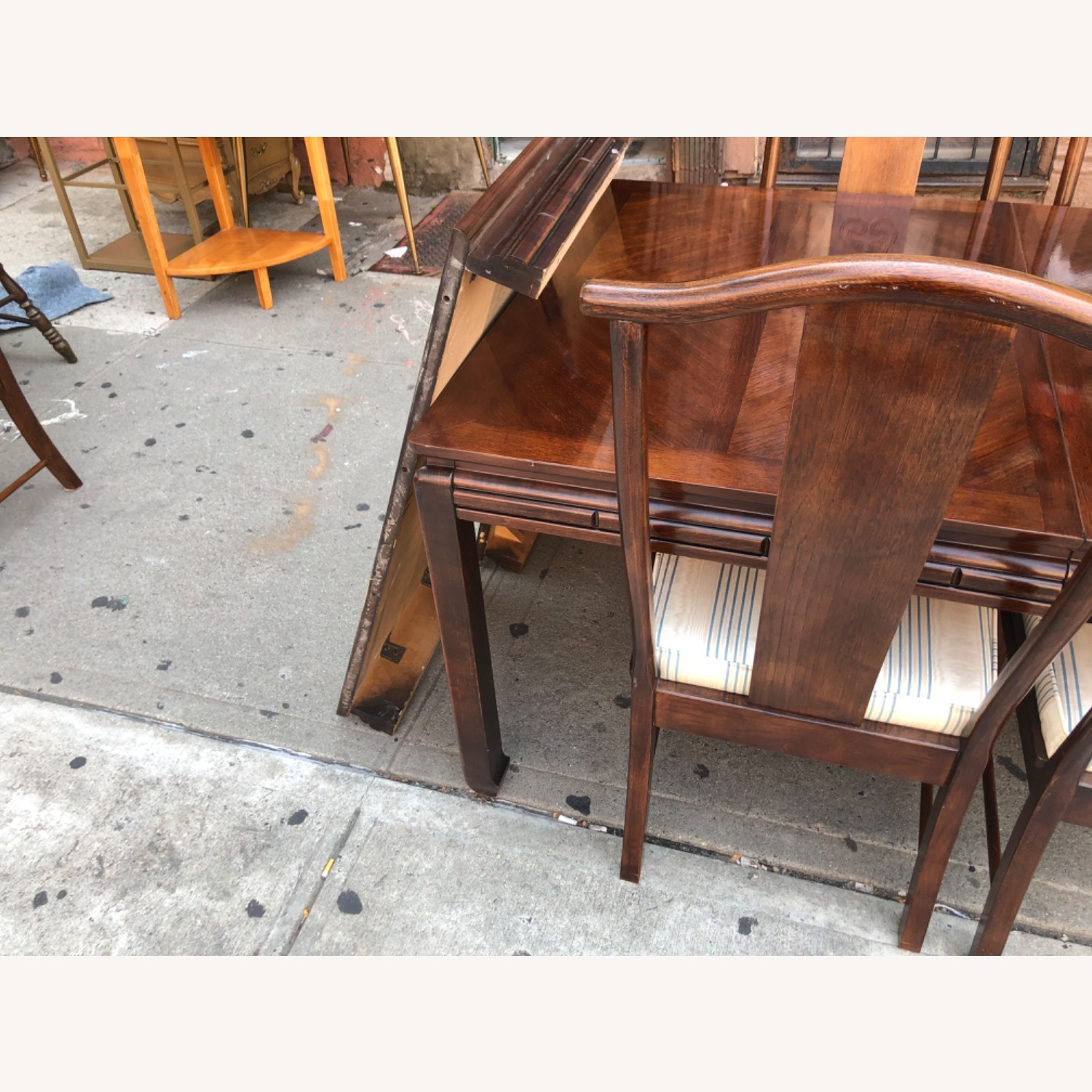 Vintage 1970s Table w/6 Chairs & 2 Extension - image-12