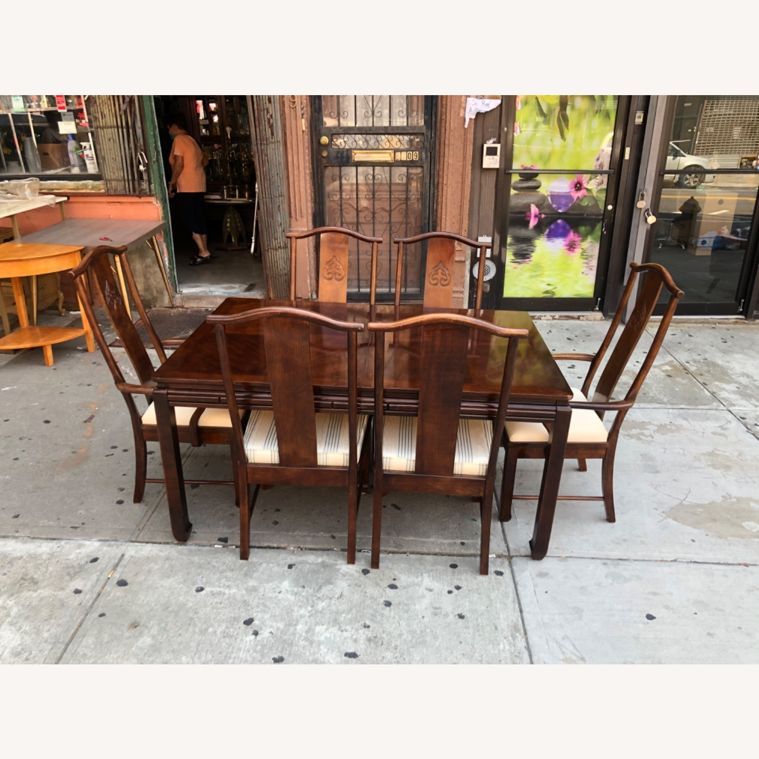 Vintage 1970s Table w/6 Chairs & 2 Extension - image-2