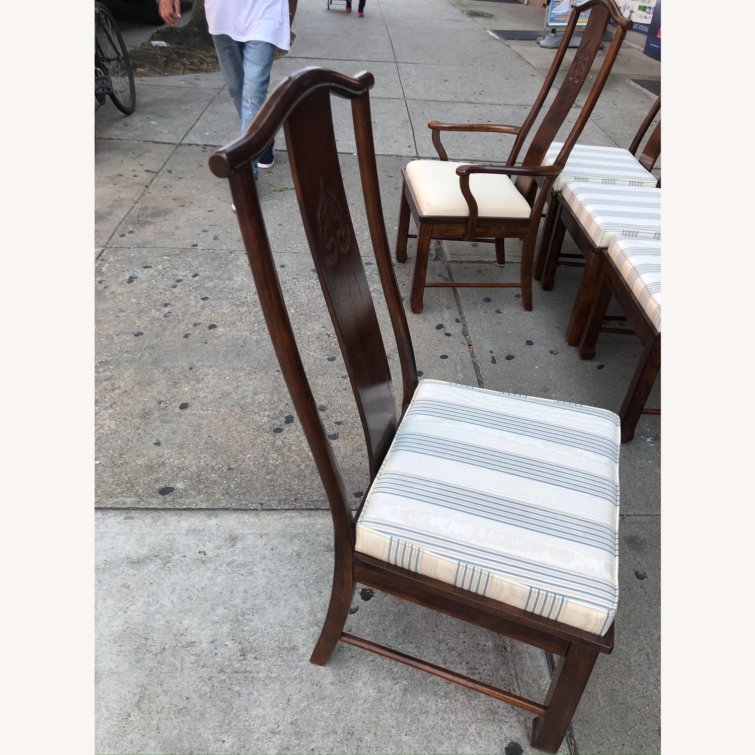 Vintage 1970s Table w/6 Chairs & 2 Extension - image-27