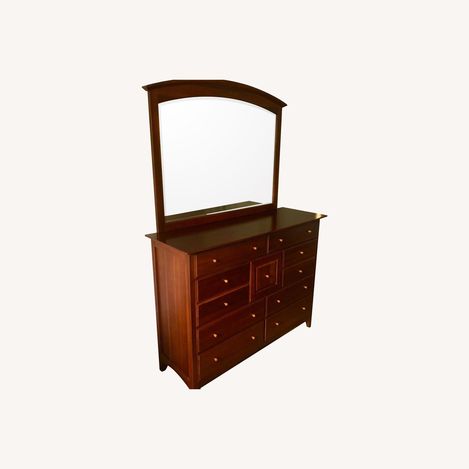 Thomasville Chest with Mirror - image-0