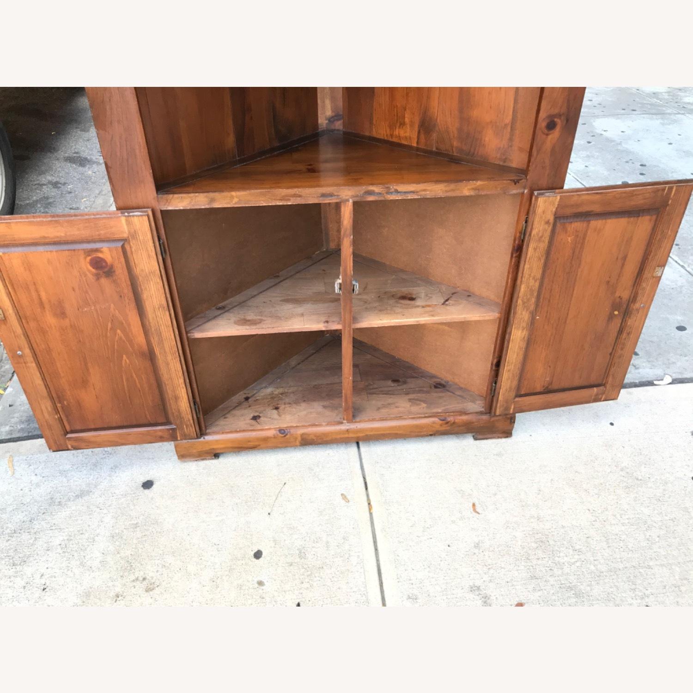Mastercraft Vintage Pine Corner Cabinet Curio - image-16