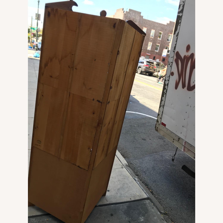 Mastercraft Vintage Pine Corner Cabinet Curio - image-22