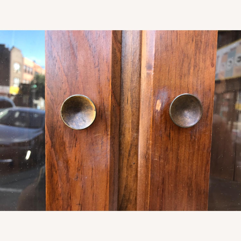 Mastercraft Vintage Pine Corner Cabinet Curio - image-24