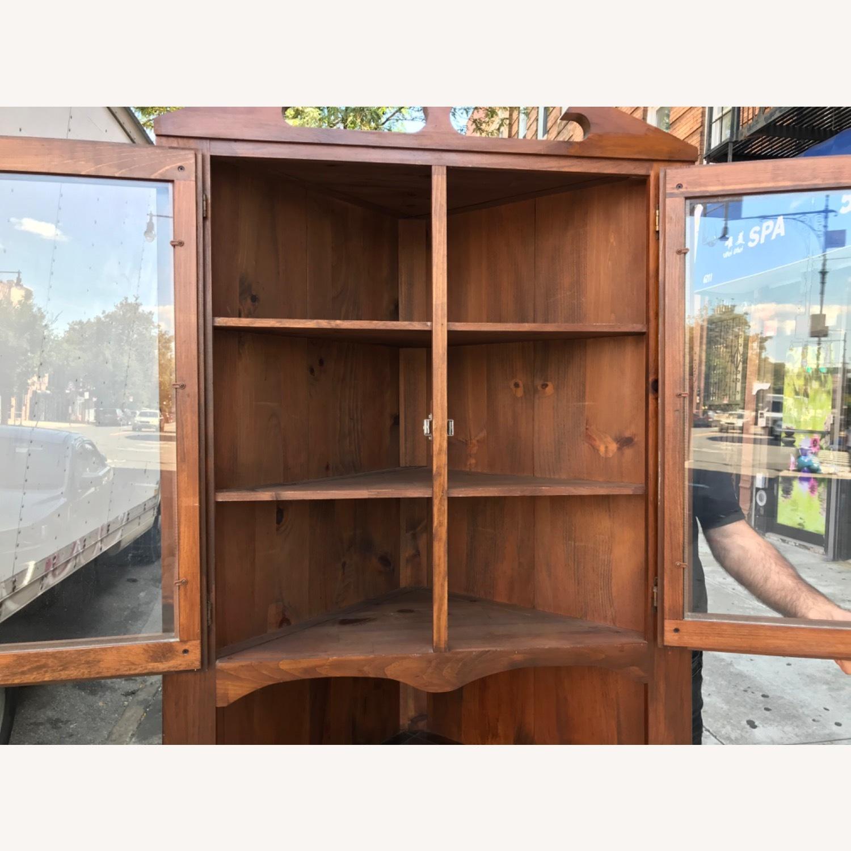Mastercraft Vintage Pine Corner Cabinet Curio - image-14