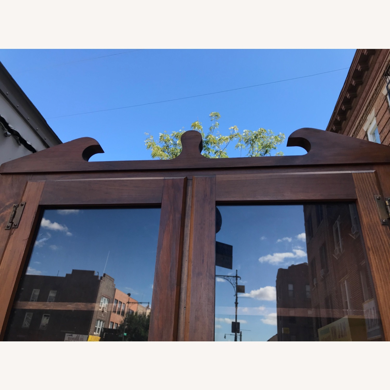 Mastercraft Vintage Pine Corner Cabinet Curio - image-25