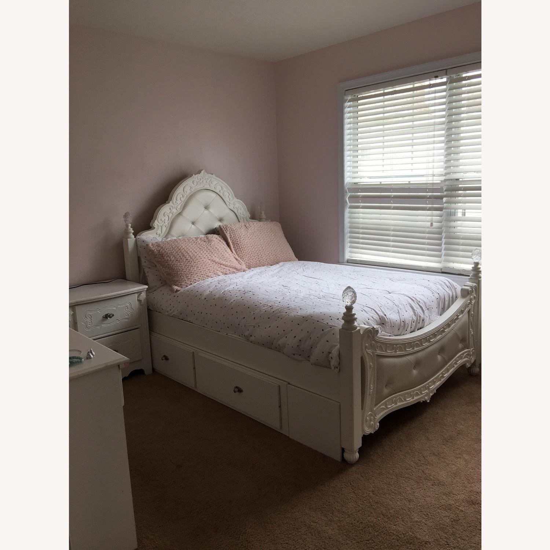 Teenage Bed - image-5