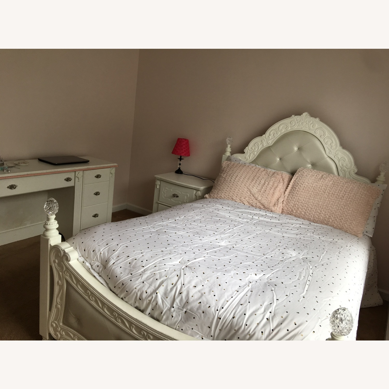 Teenage Bed - image-4