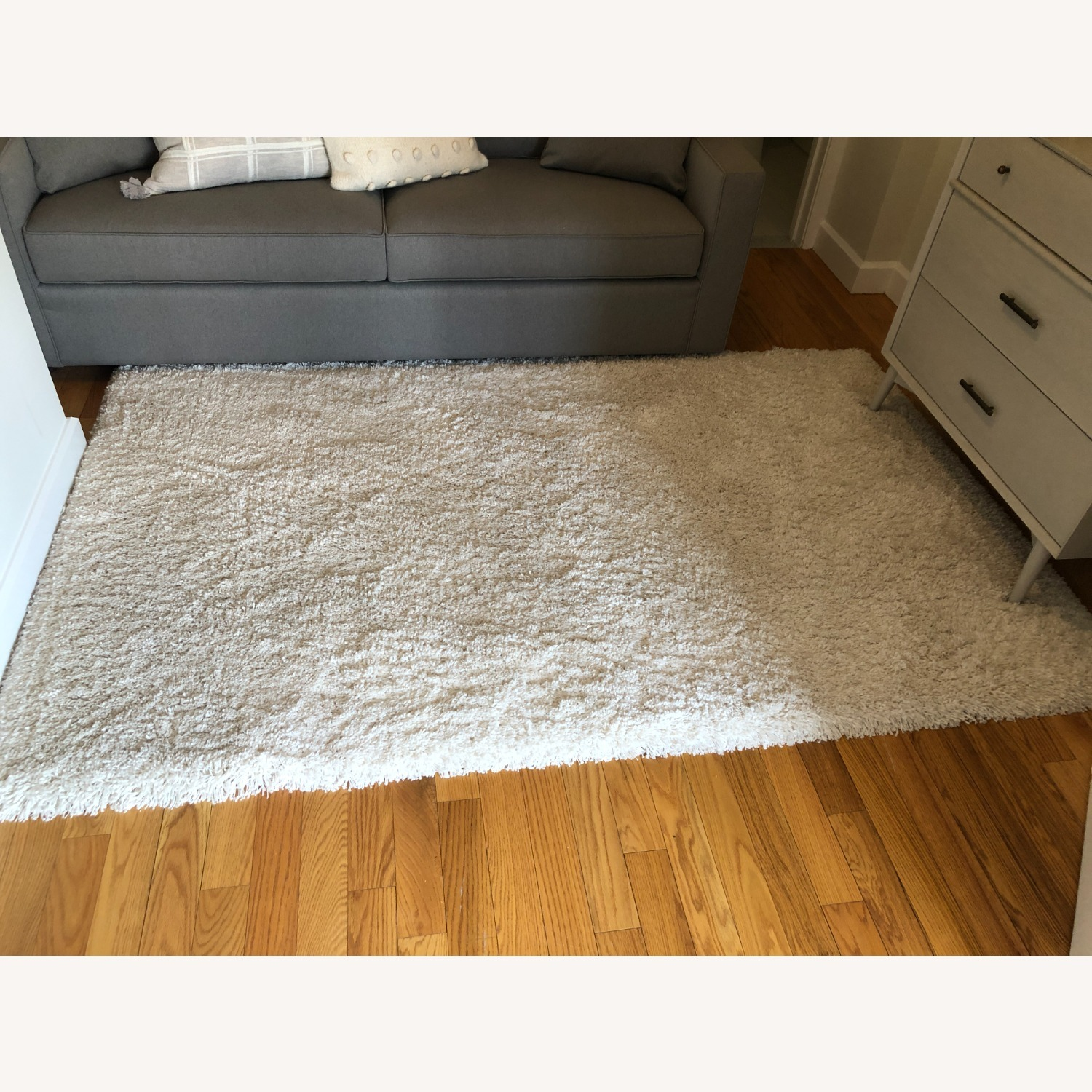 Crate & Barrel Memphis White 5x8' Rug - image-1