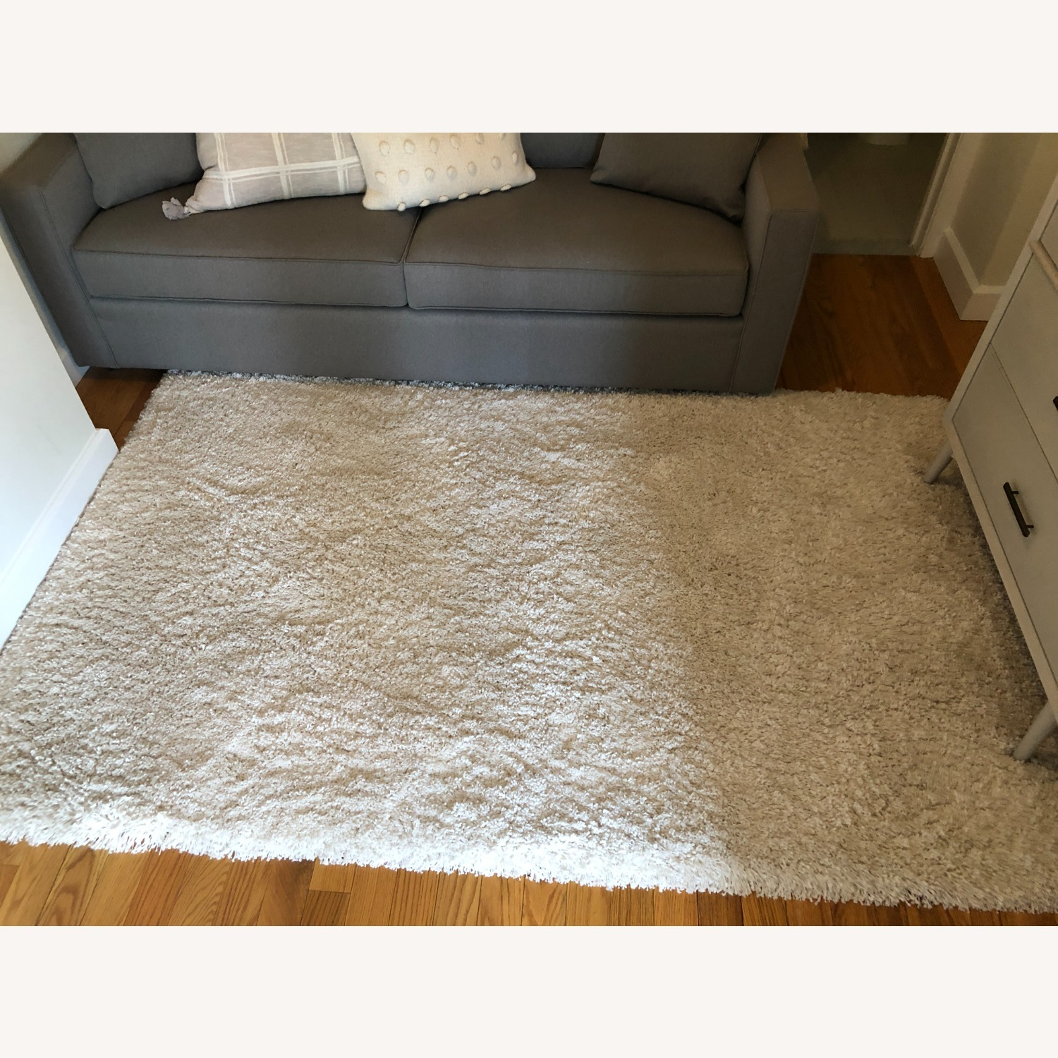 Crate & Barrel Memphis White 5x8' Rug - image-8