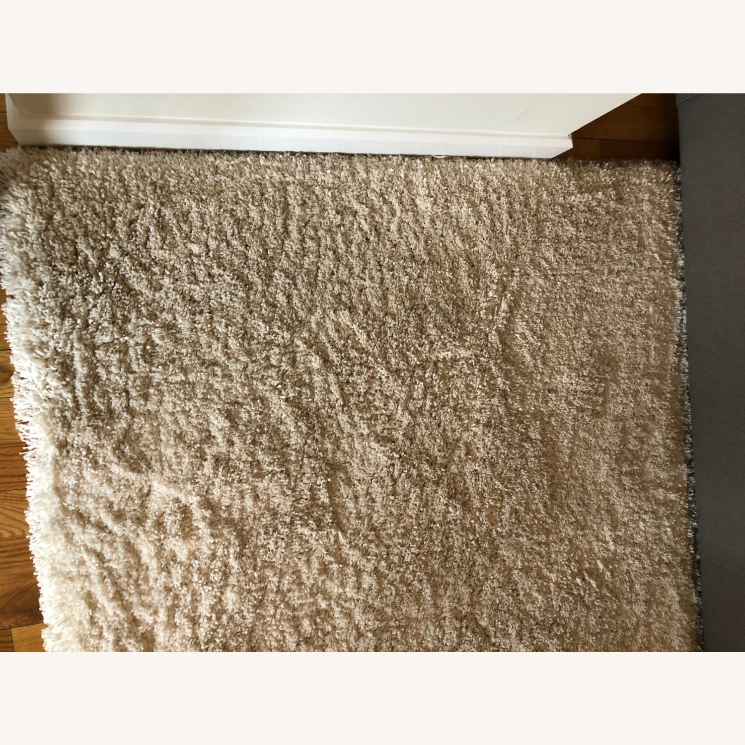 Crate & Barrel Memphis White 5x8' Rug - image-4