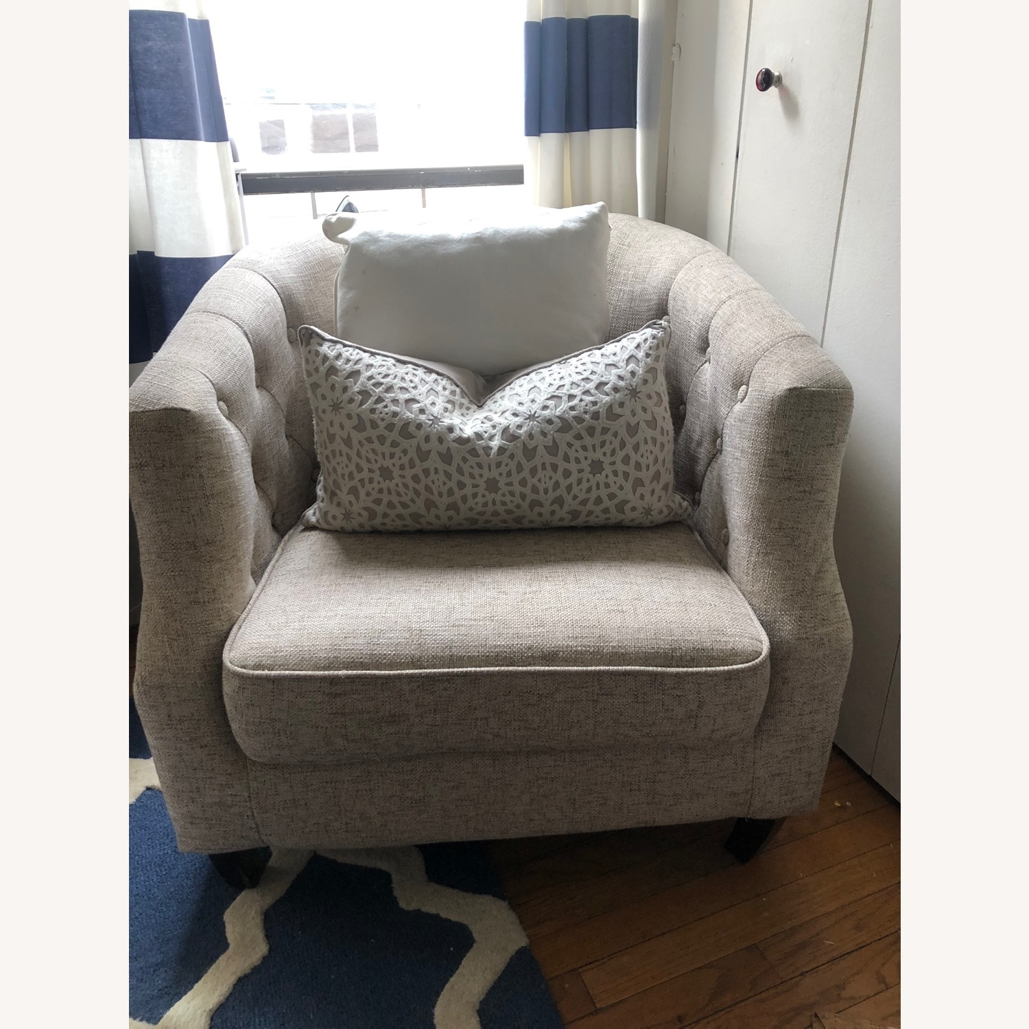 Ansley Arm Chair - image-2