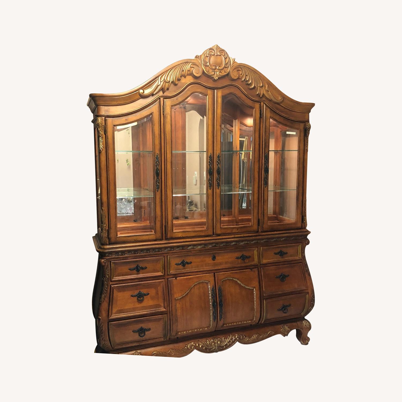 Legacy Classic Furniture Versailles China - image-0