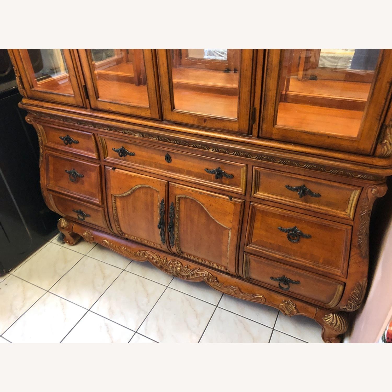 Legacy Classic Furniture Versailles China - image-2