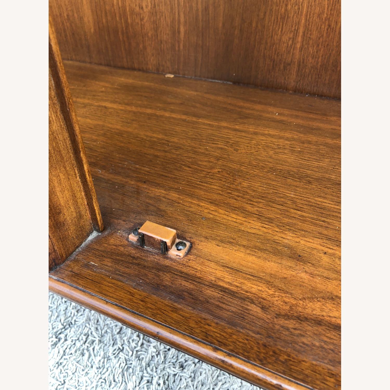 Mid Century Display Cabinet on Hairpin Legs - image-22