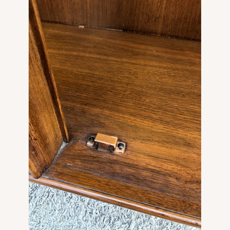 Mid Century Display Cabinet on Hairpin Legs - image-18
