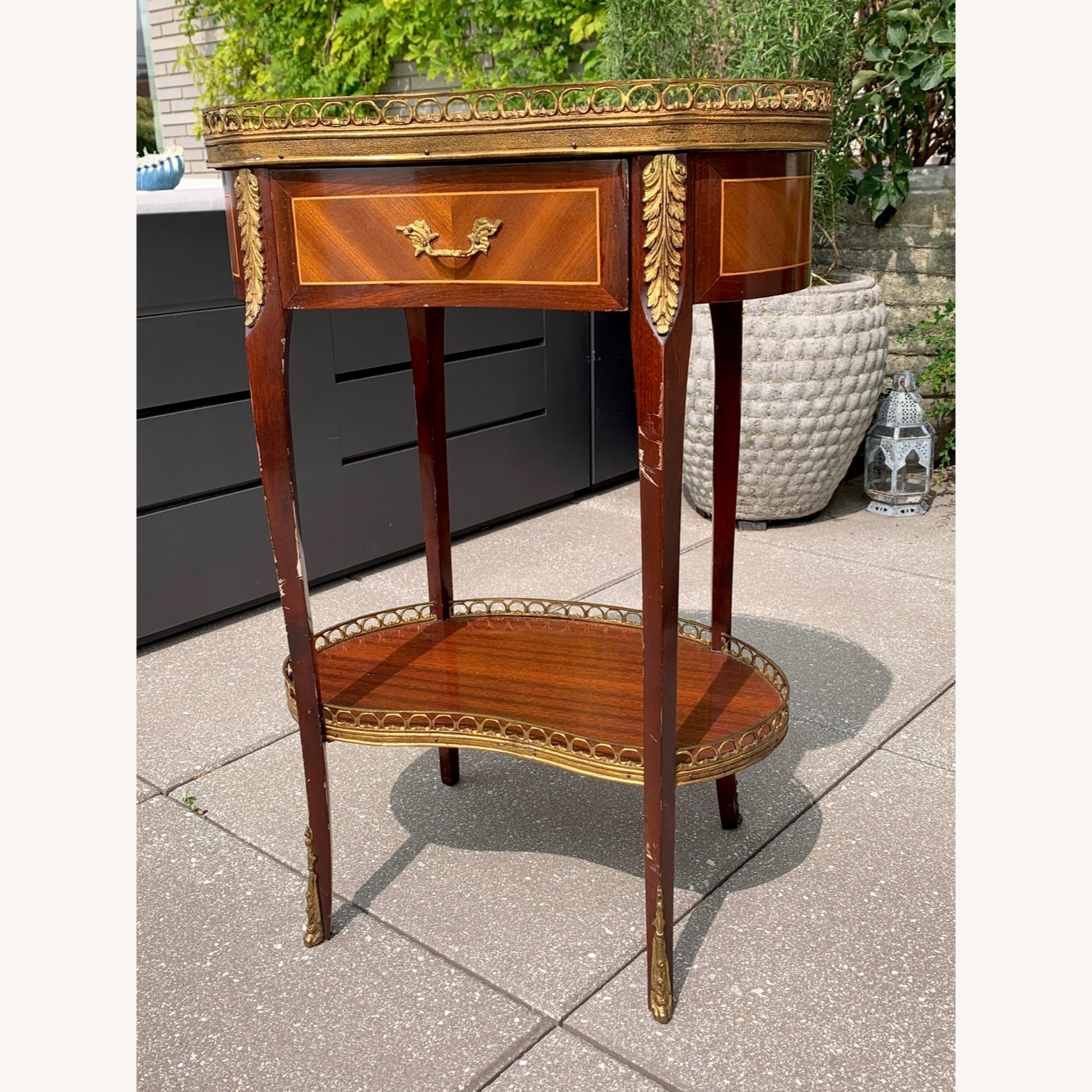 Pair of Kidney Accent Tables 50's Repro - image-1