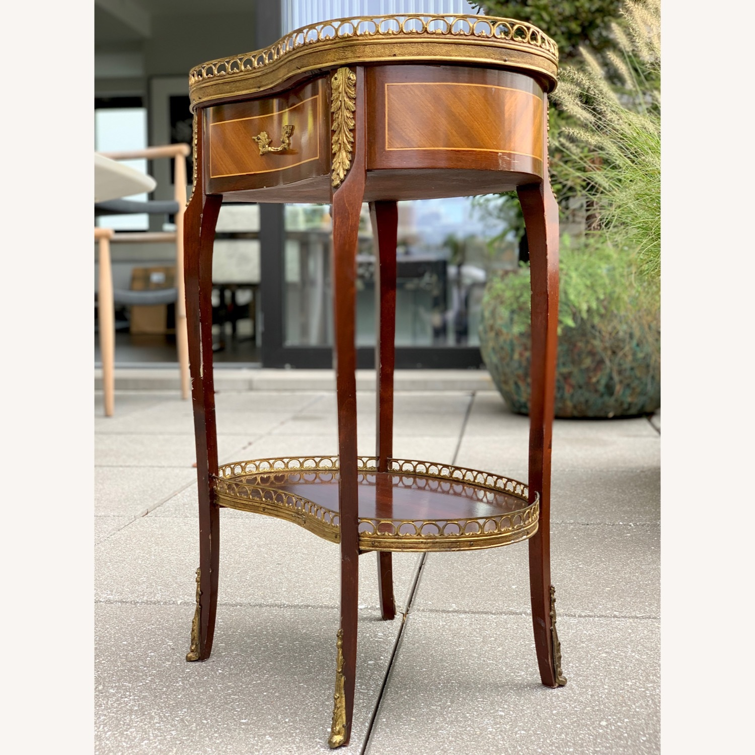 Pair of Kidney Accent Tables 50's Repro - image-3