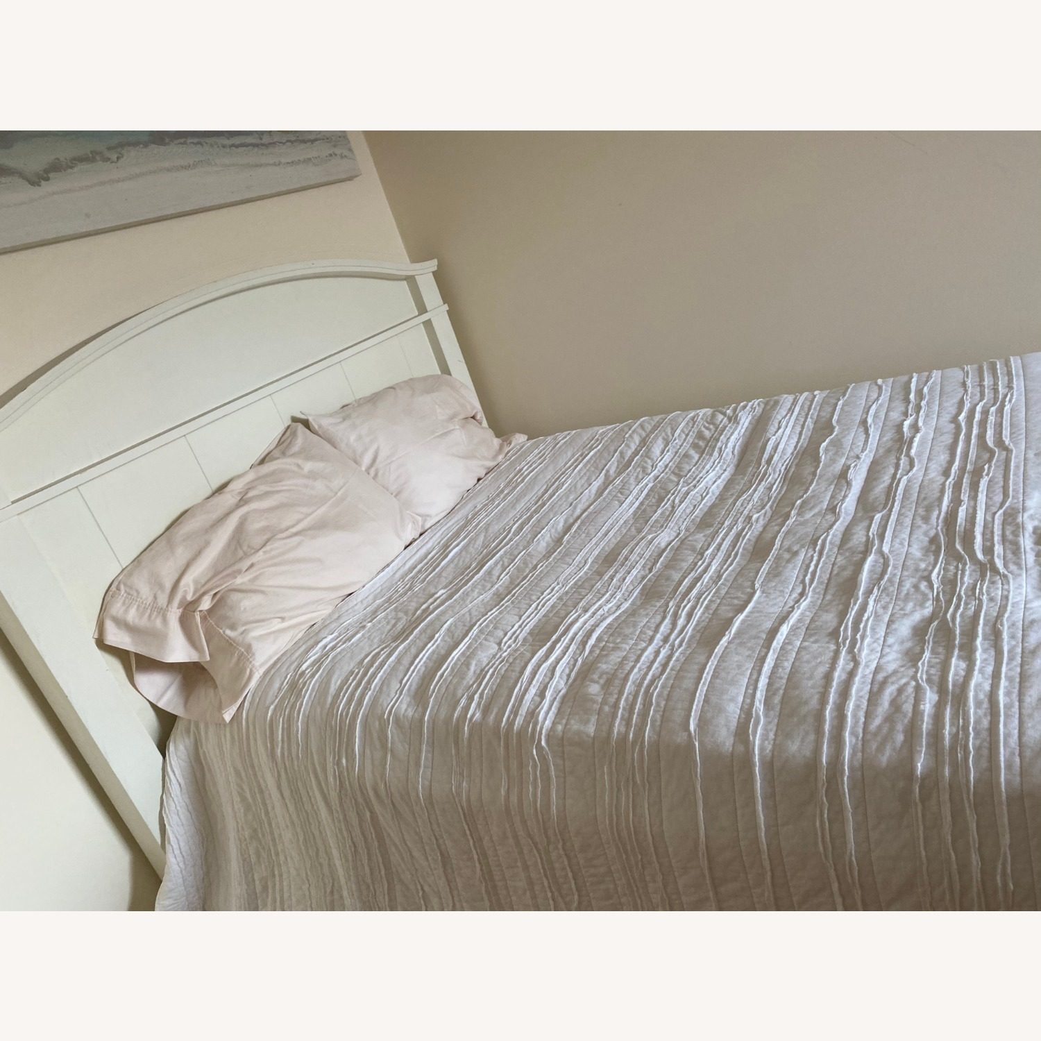 Pottery Barn Full Sized Headboard and Frame - image-3