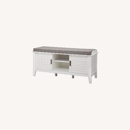 Used Target Storage Bench for sale on AptDeco