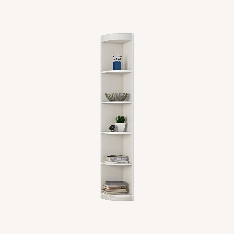 "Wayfair White Mcintosh 11.5"" W Corner Bookcase - image-0"