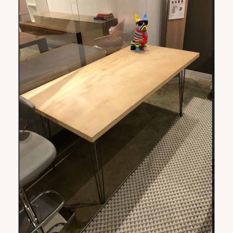 Table/Desk - image-1