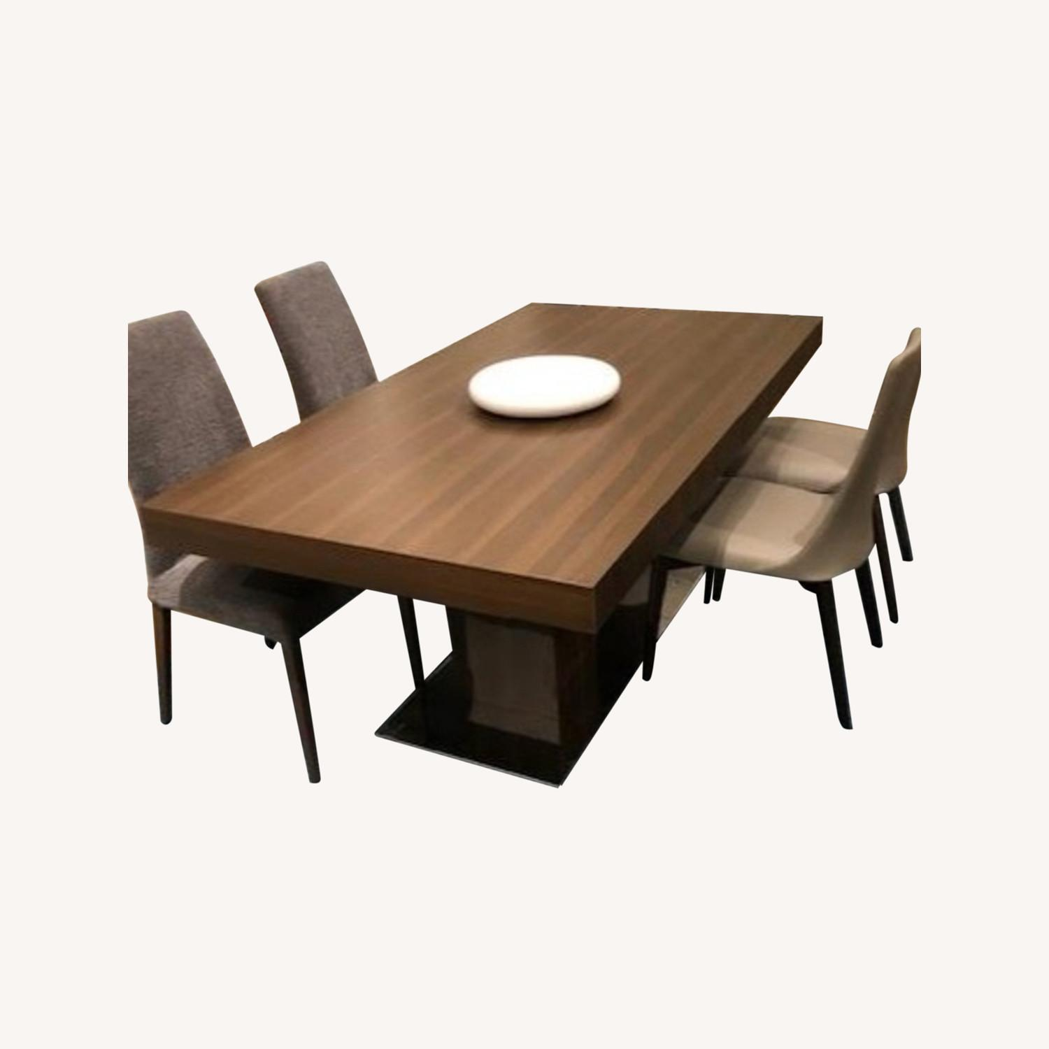 Calligaris Dining Table - image-0