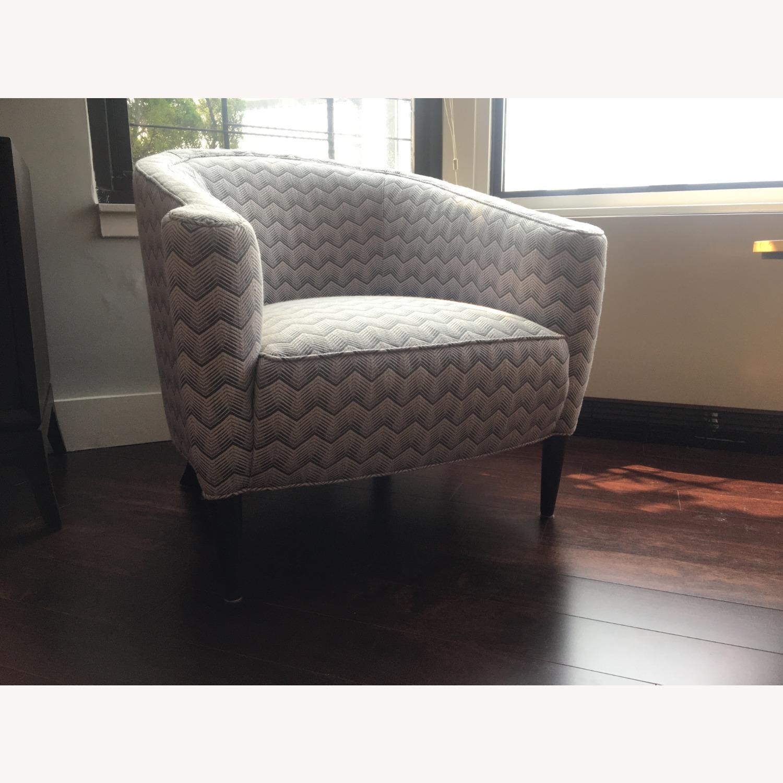 Sotheby Barrel Chair CR Laine - Set - image-4