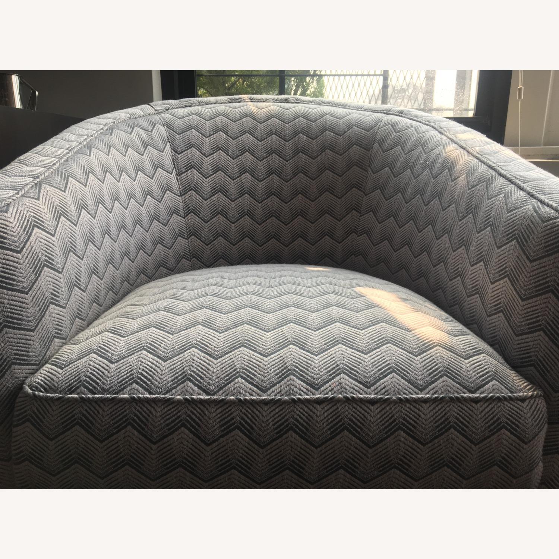 Sotheby Barrel Chair CR Laine - Set - image-3