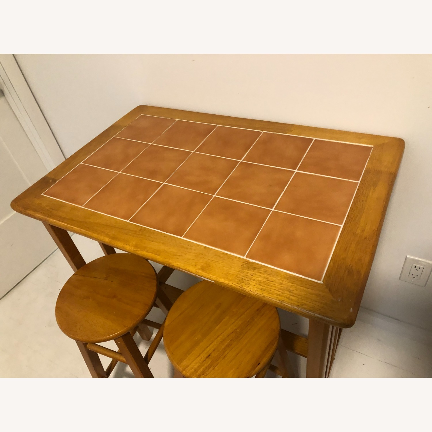 Maple and Tile Bar with Barstools - image-1