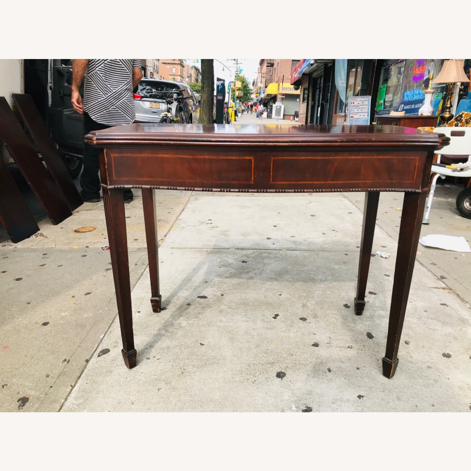 Antique 1920s Mahogany Table w/3 Leaves  - image-5