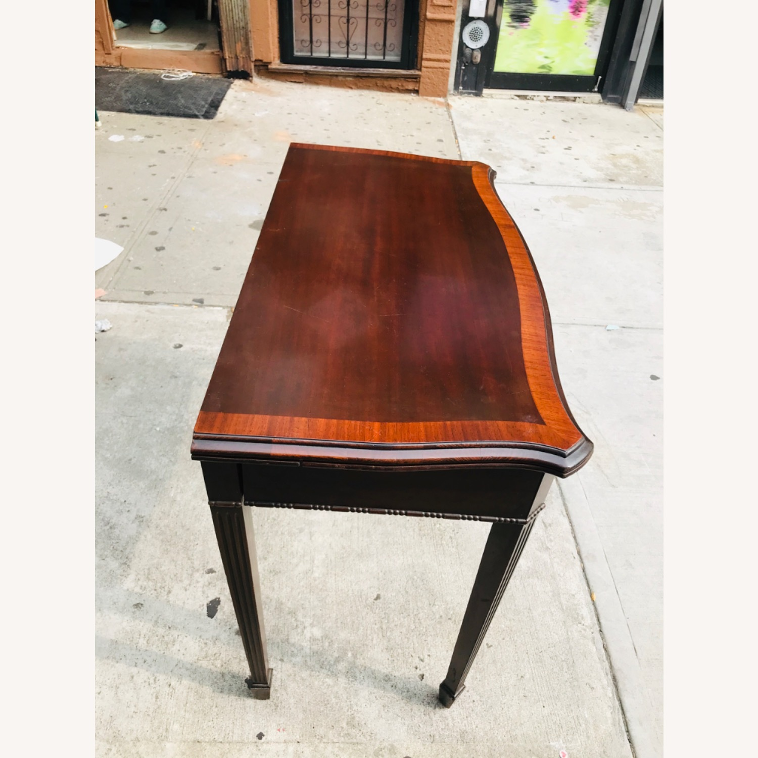 Antique 1920s Mahogany Table w/3 Leaves  - image-9