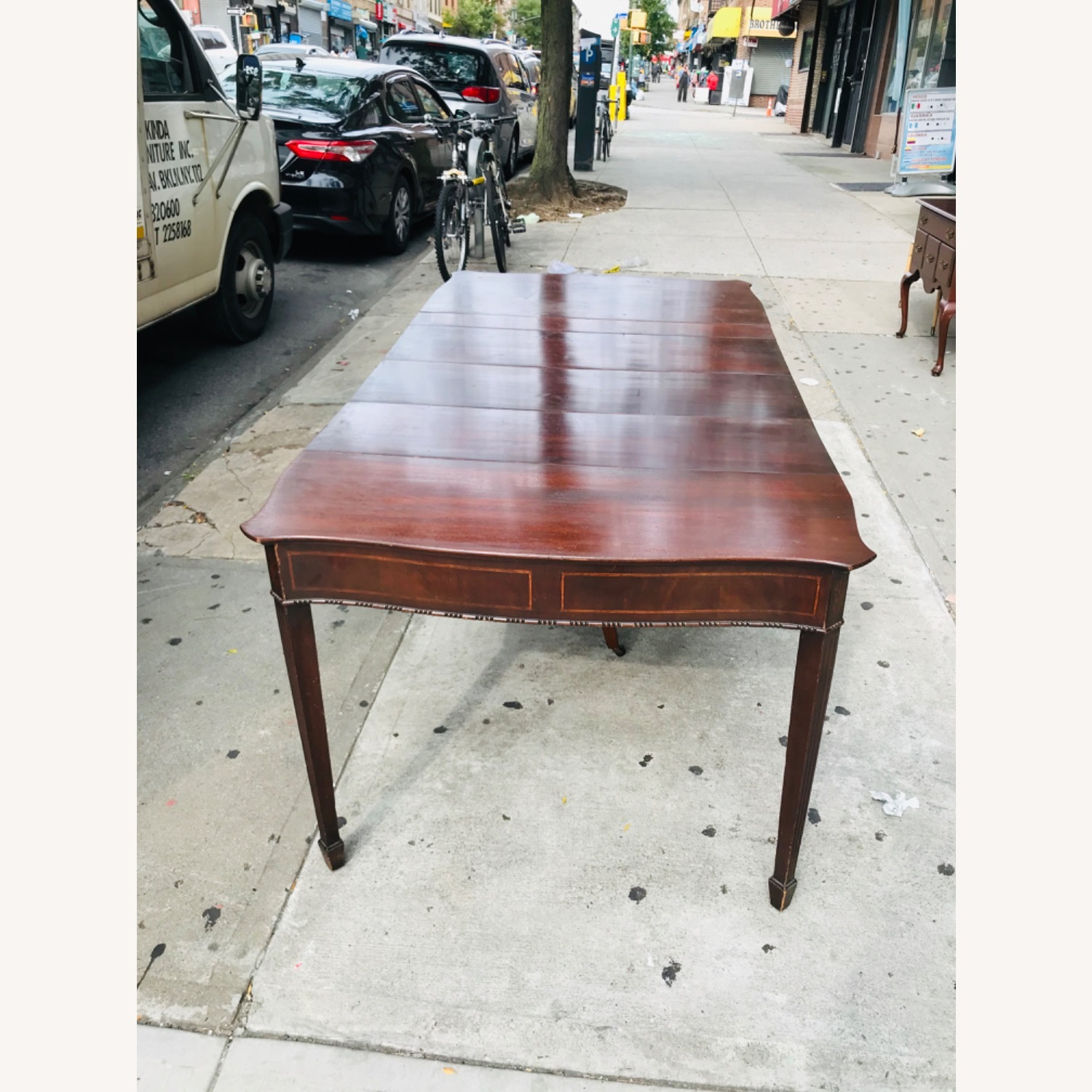 Antique 1920s Mahogany Table w/3 Leaves  - image-19