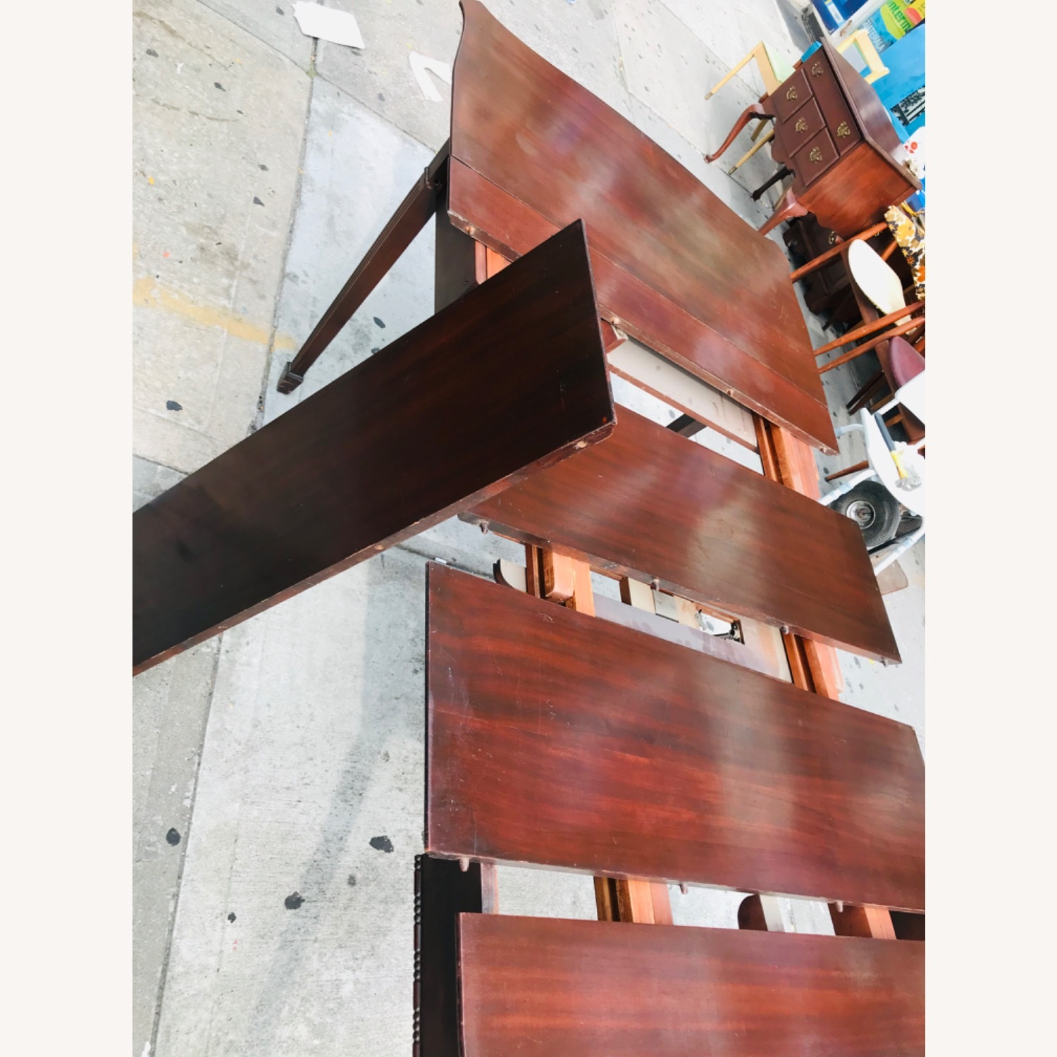 Antique 1920s Mahogany Table w/3 Leaves  - image-24
