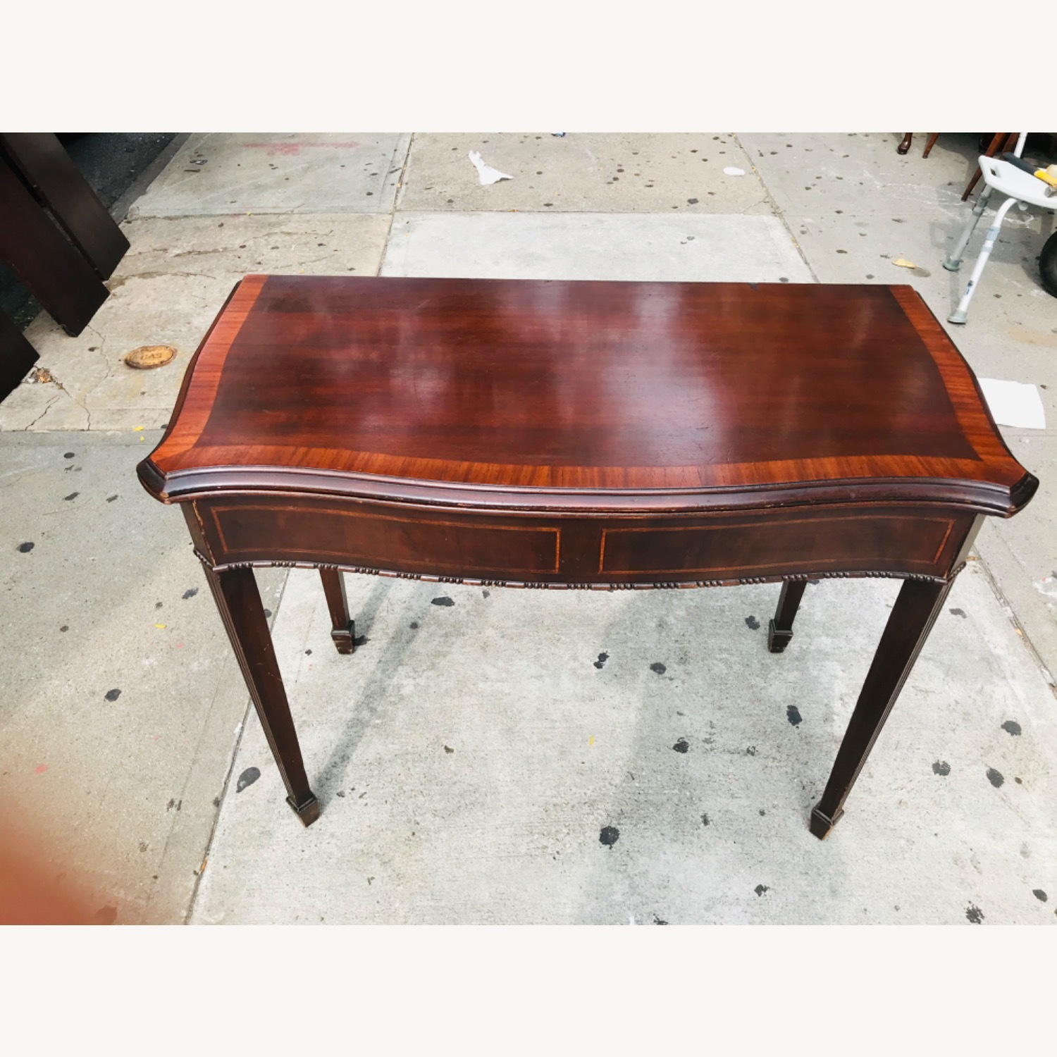 Antique 1920s Mahogany Table w/3 Leaves  - image-6