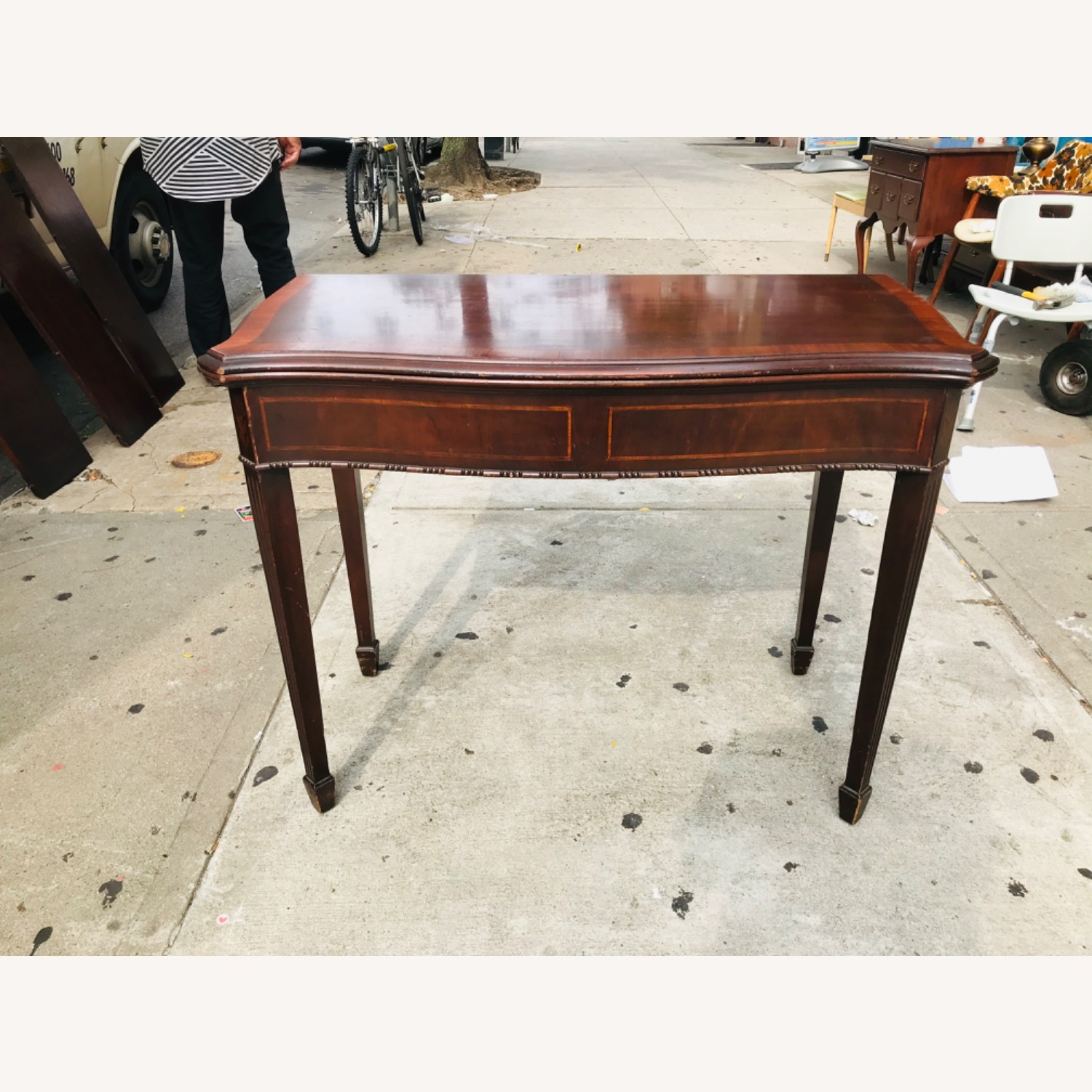 Antique 1920s Mahogany Table w/3 Leaves  - image-1